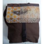 sac à dos brun foncé